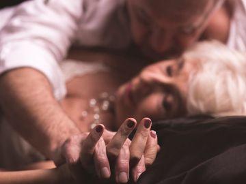 Qual o segredo para uma vida sexual feliz? Sentir-se jovem