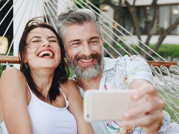 Apresentações idílicas de relacionamentos nas redes sociais